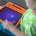 Busy Shapes -pelin pitäisi tehdä lapsesta skarpimpi.